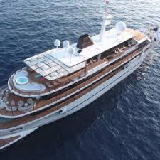 Global Luxury Yacht Market